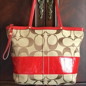 COACH E0868-12429 Sig. Khaki/Red Patent Tote Purse